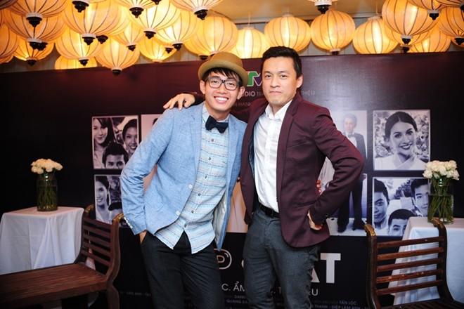 Sơn Tùng M-TP nổi bật trong buổi ra mắt phim Bếp hát 9