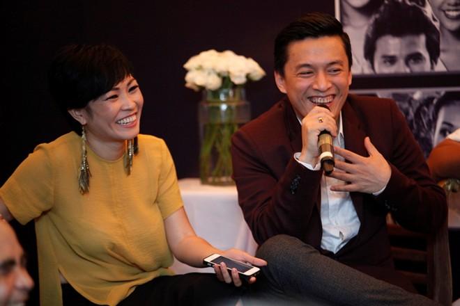 Sơn Tùng M-TP nổi bật trong buổi ra mắt phim Bếp hát 14