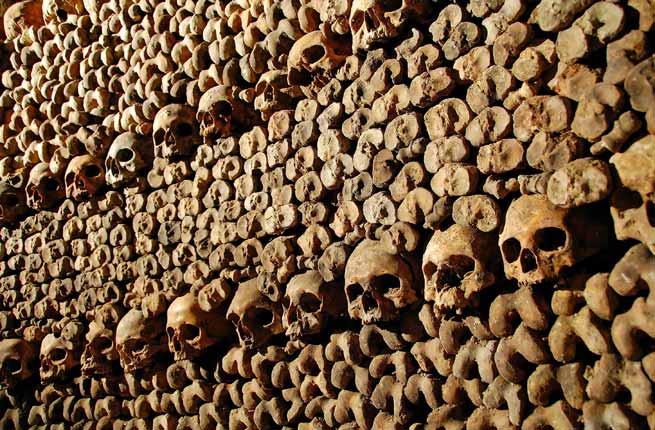 Rùng rợn khu mộ kỳ bí chứa hơn 6 triệu hài cốt dưới lòng kinh đô Paris 20