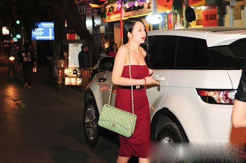 Hình ảnh Soi độ giàu sụ của cặp vợ chồng Tuấn Hưng – Hương baby số 10