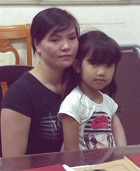 Bắt cóc bé gái trong viện Nhi để cướp bông tai vàng 6