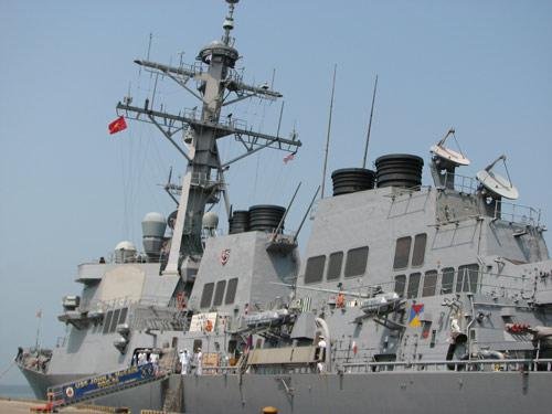 Tàu hải quân Mỹ đến thăm Đà Nẵng