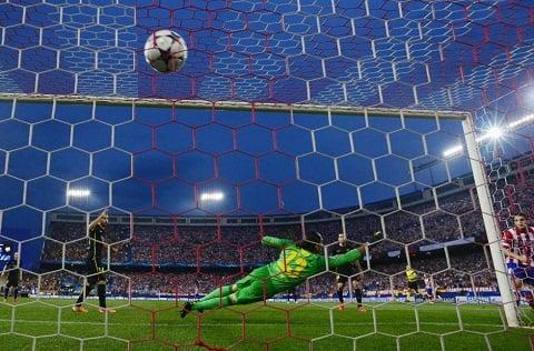 Atletico Madrid 1-0 Barca: Tiki Taka sa lầy ở Vicente Calderon 5
