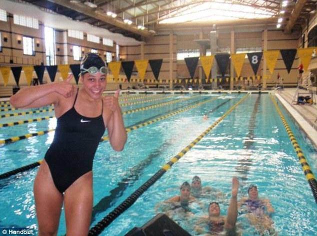 Vận động viên bơi lội 20 tuổi bị hiếp dâm tập thể 5
