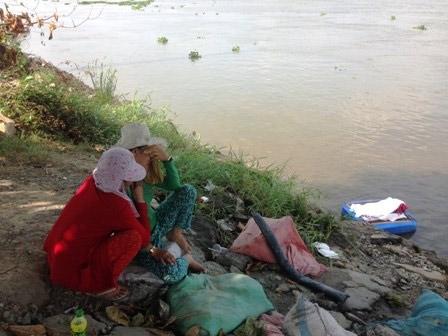 Đau đớn nhận xác con trai 3 tuổi trôi trên sông Sài Gòn 4