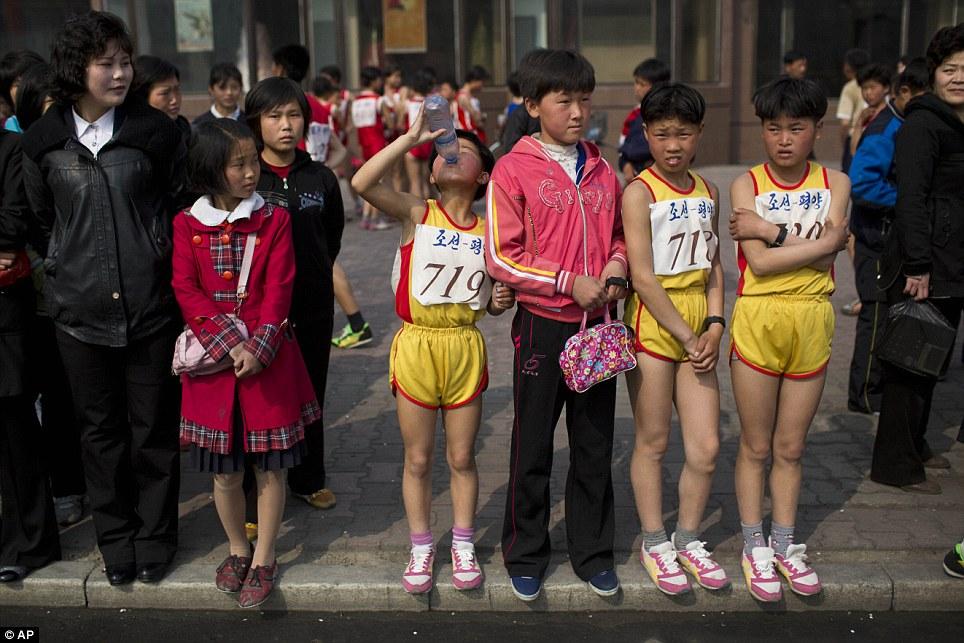 Những hình ảnh thú vị về giải điền kinh quốc tế đầu tiên tại Triều Tiên 9