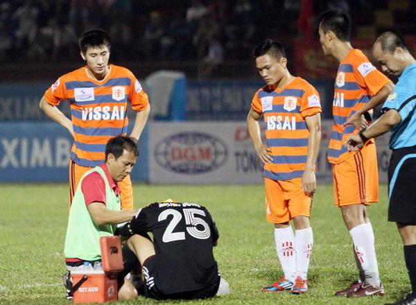 Vụ V.Ninh Bình: Cầu thủ dính chàm đã được trả về CLB 6