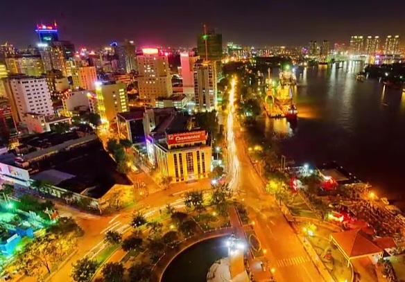 Kinh ngạc clip chuyển động về giao thông Sài Gòn của người nước ngoài 8