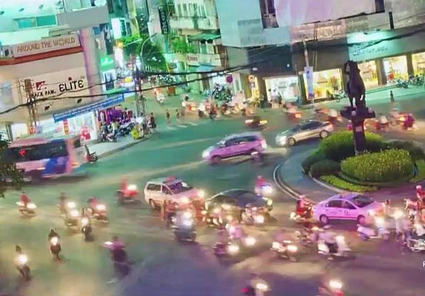 Kinh ngạc clip chuyển động về giao thông Sài Gòn của người nước ngoài 11