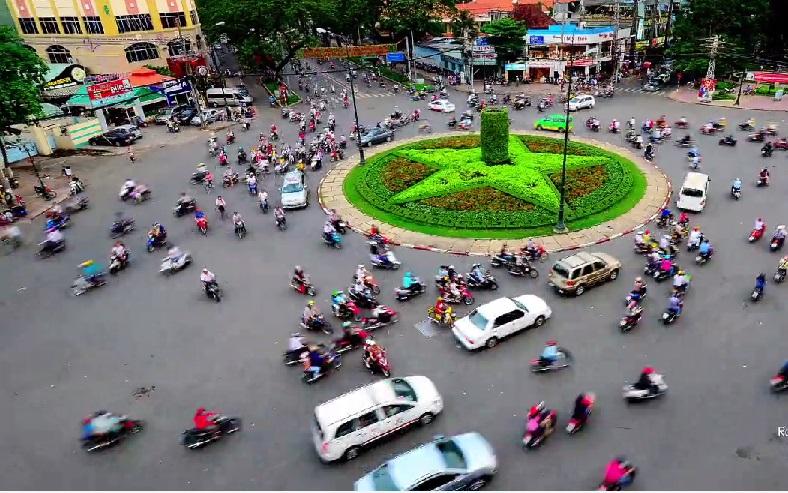 Kinh ngạc clip chuyển động về giao thông Sài Gòn của người nước ngoài 13