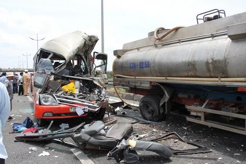 Tai nạn thảm khốc ở cao tốc Trung Lương: Lái xe nghe điện thoại? 5