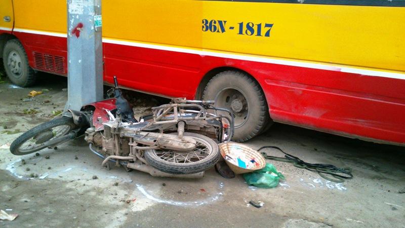 Hiện trường vụ tai nạn 2 người chết ở Thanh Hóa 5