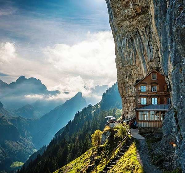 Hình ảnh 12 khách sạn đẹp mê hồn chỉ có trong cổ tích số 9