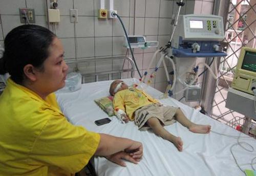 Bệnh viện Bạch Mai nói lại chuyện máy thở Bộ cấp hỏng 9