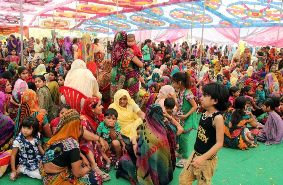 5000 người tham dự lễ cưới của 2 chú bò ở Ấn Độ 14