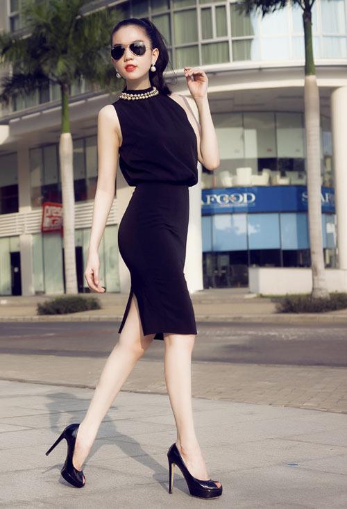 Ngọc Trinh - Angela Phương Trinh gợi ý mẫu váy hè gợi cảm 15