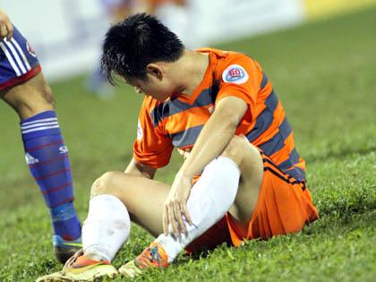 Văn Quyến không đi Myanmar, thêm cầu thủ Ninh Bình bị triệu tập 5