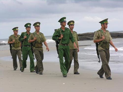 Sau vụ nổ súng: 21 người Trung Quốc lại định vượt biên vào Việt Nam 5