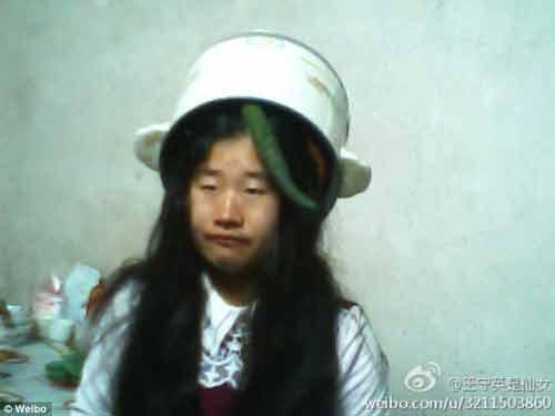 Cận cảnh cô gái xấu xí tự nhận mình là...tiên nữ Trung Quốc 7