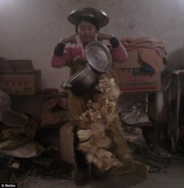Cận cảnh cô gái xấu xí tự nhận mình là...tiên nữ Trung Quốc 13