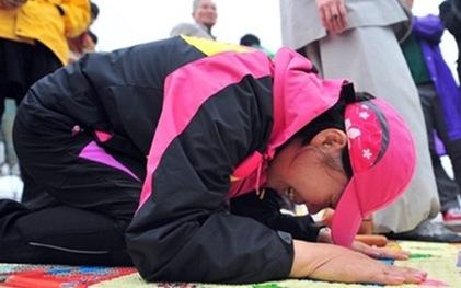 Rơi nước mắt với những hình ảnh bi thương từ vụ chìm phà Sewol 22