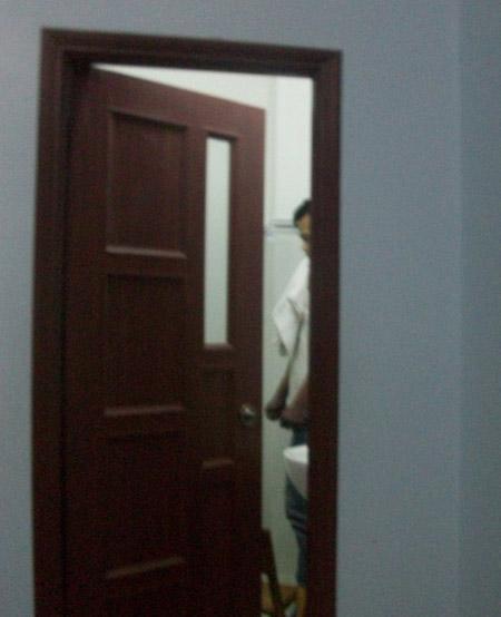 Thua lô đề người đàn ông treo cổ trong nhà tắm tự tử? 5