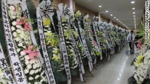 Hàn Quốc tưởng nhớ nữ anh hùng trong vụ chìm phà Sewol 7