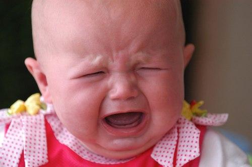 Những dấu hiệu đỏ cảnh báo trẻ thiếu canxi trầm trọng 4