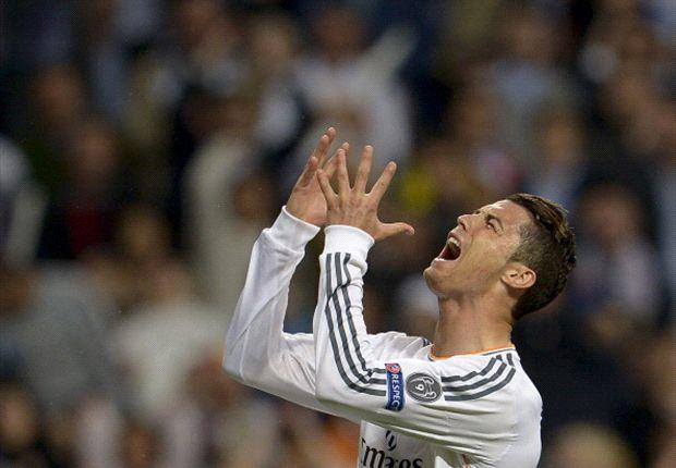 Ronaldo suýt khóc sau pha bỏ lỡ khó tin 5