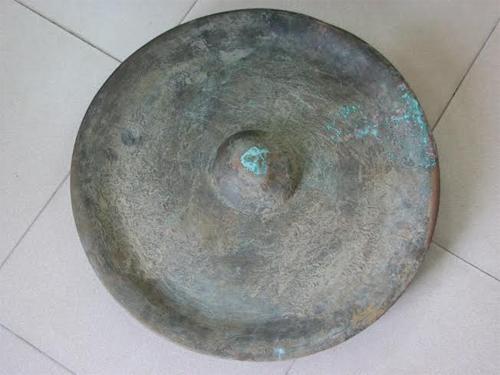 Đang làm đường, phát hiện hàng loạt tượng Phật cổ bằng đồng 9