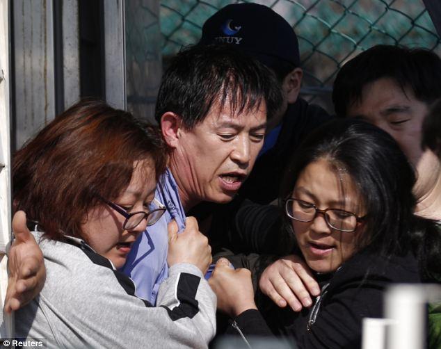 Chìm phà Hàn Quốc: Quan chức 'khốn đốn' giữa vòng vây phẫn nộ 6