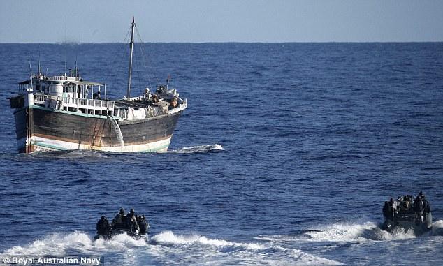Hải quân Australia thu giữ hơn 1 tấn heroin trên biển 7
