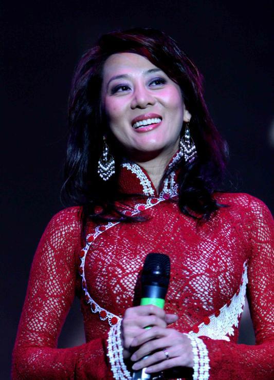 Những bí mật ngỡ ngàng về Nguyễn Cao Kỳ Duyên 1