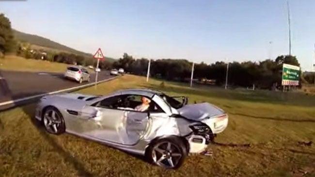 Mercedes SL55 AMG bị Cocacola hạ gục 5