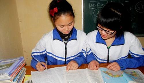 Nữ sinh người Dao được đặc cách vào đại học