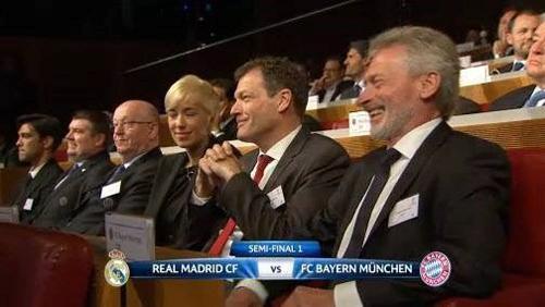Tiết lộ sốc: Guardiola giả vờ làm HLV Bayern để trả thù cho Barca 9