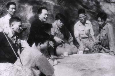 Đại tướng Võ Nguyên Giáp qua ký ức người lính thông tin 6