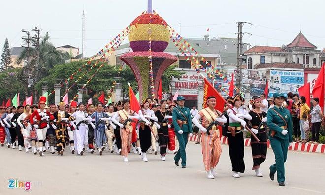 Sơ duyệt diễu binh Điện Biên Phủ ngoài đường phố 19