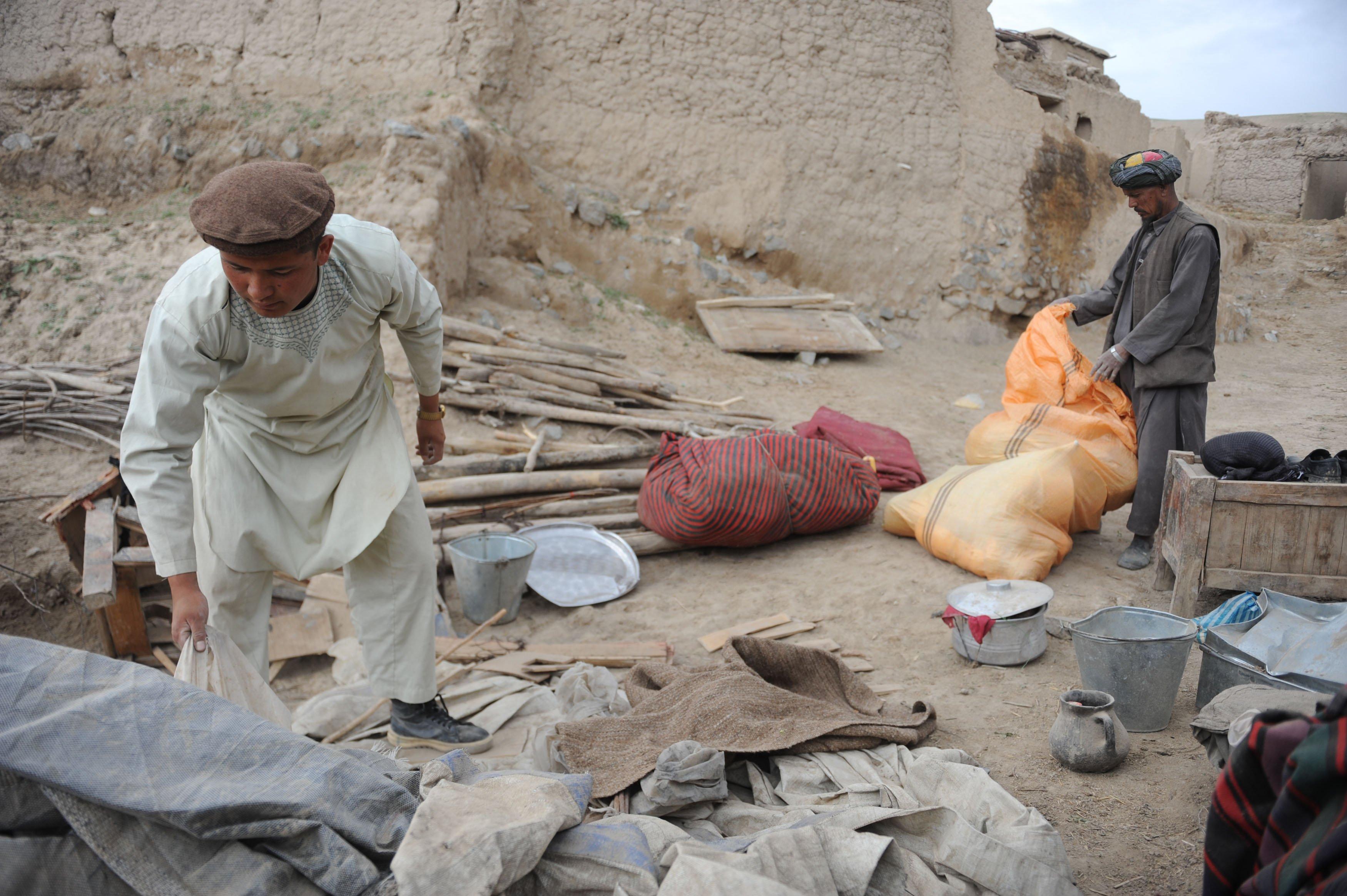 Hiện trường vụ lở đất kinh hoàng ở Afghanistan khiến hơn 2.100 người chết 2
