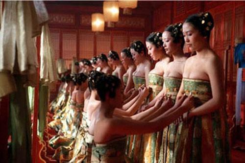 """Bí mật tuyển """"vợ"""" cho vua Trung Quốc xưa 5"""