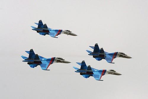 Hàng chục chiến đấu cơ Nga xuất hiện trên bầu trời Crimea 6