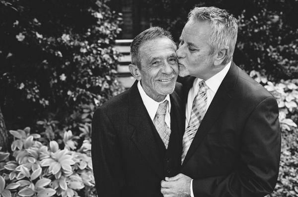 Những bức ảnh cưới của 70 cặp đồng tính gây xúc động 18