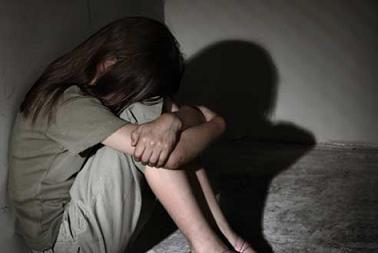 Về nhà ngủ qua đêm với bạn trai mới quen, bé gái 12 tuổi bị xâm hại 4