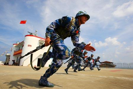 Quân đội Trung Quốc định xây sân bay trái phép tại Trường Sa 5