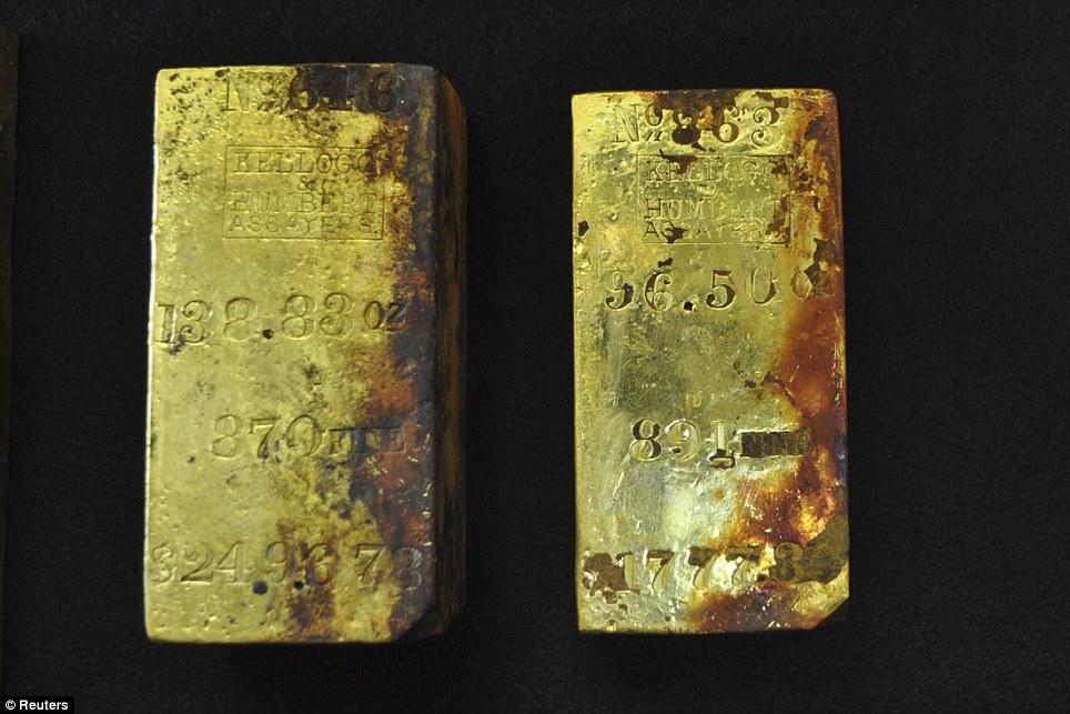 Thu hồi 833 lượng vàng từ