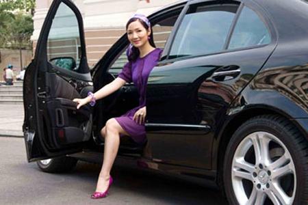 Soi độ giàu sụ của các hoa hậu - doanh nhân Việt 9
