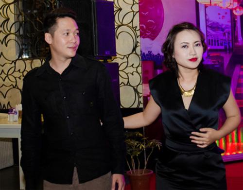Sau 1 thời gian dài tìm hiểu Khánh Linh đã đủ vững tin để đi đến quyết định lên xe hoa với bạn trai mới.3