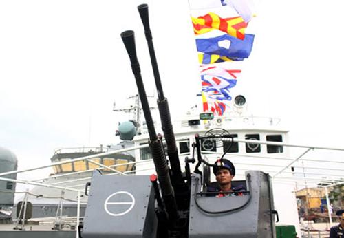 Điểm danh tàu Việt Nam đang ngăn chặn giàn khoan Trung Quốc 8