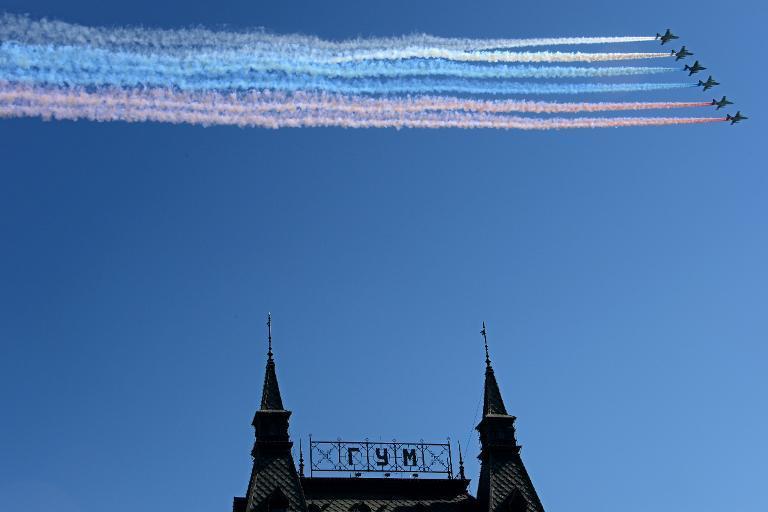 Nga, Ukraine diễu binh kỷ niệm chiến thắng phát xít Đức (9/5) 11