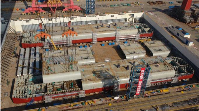 Cận cảnh người Trung Quốc xây dựng giàn khoan HD 981 8